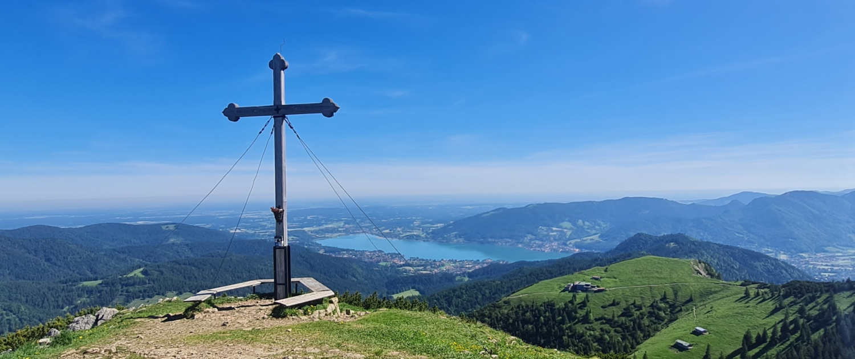 Wanderung auf den Hirschberg - Gipfelblick nach Norden
