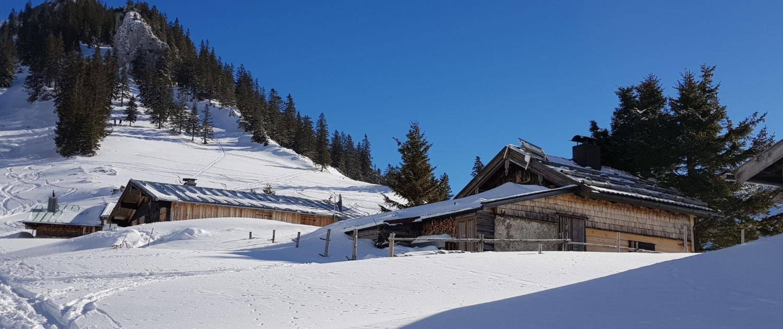 Mit Schneeschuhen zum Jägerkamp: Obere Schönfeldalm